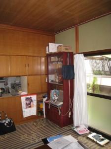 キッチン収納裏(前)1