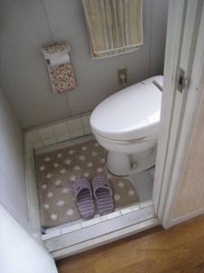 トイレ(旧)00