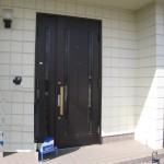神埼郡K様邸 玄関ドア交換工事完成しました。