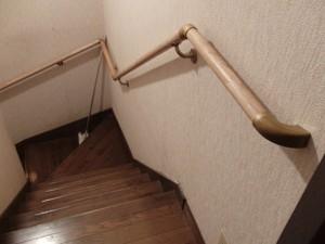 廻り階段手摺