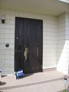 玄関ドア外観000