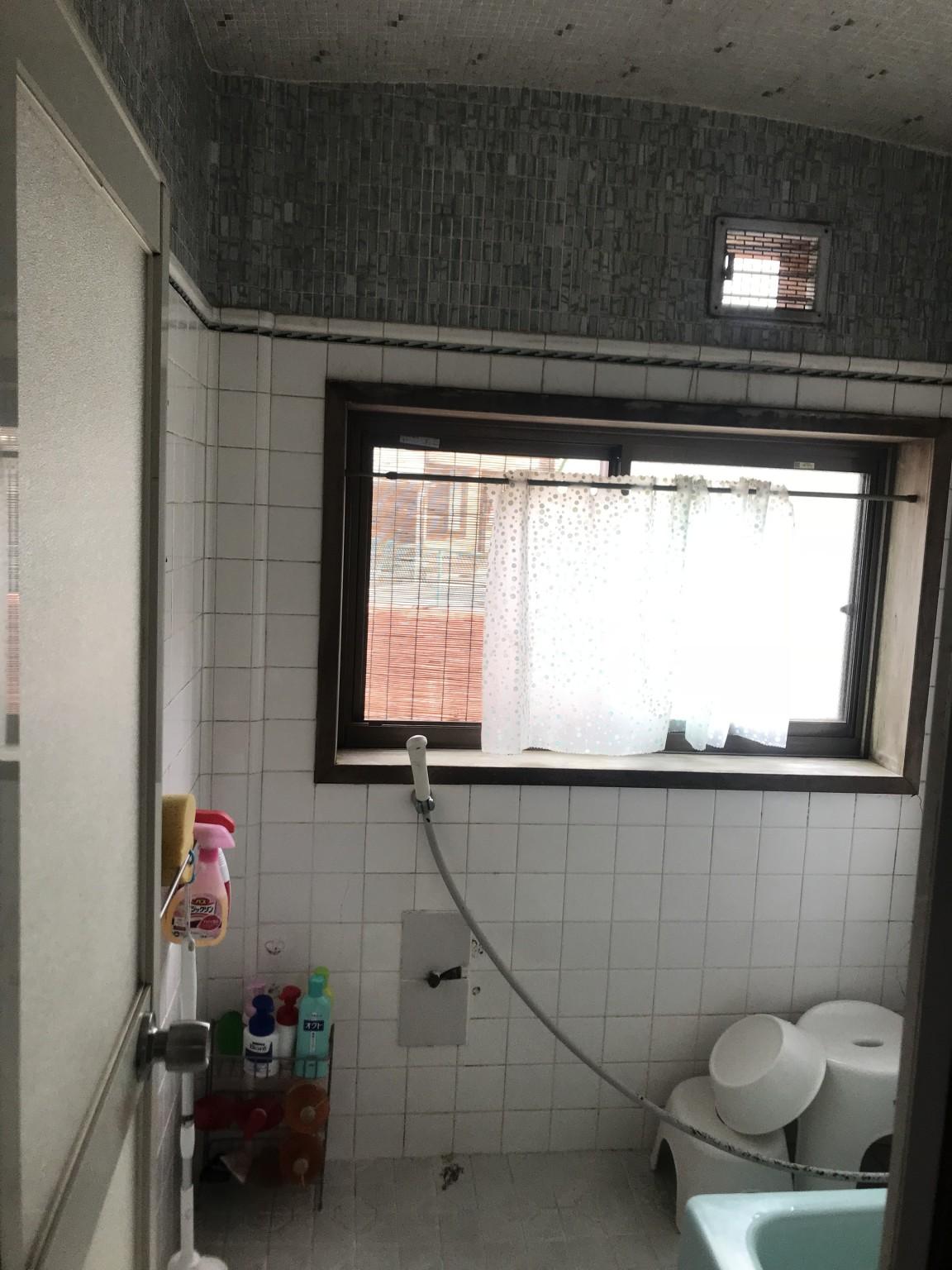 浴室改装前1