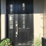 姫路市Y様邸 玄関ドアと窓のカバー工法工事が完成しました。